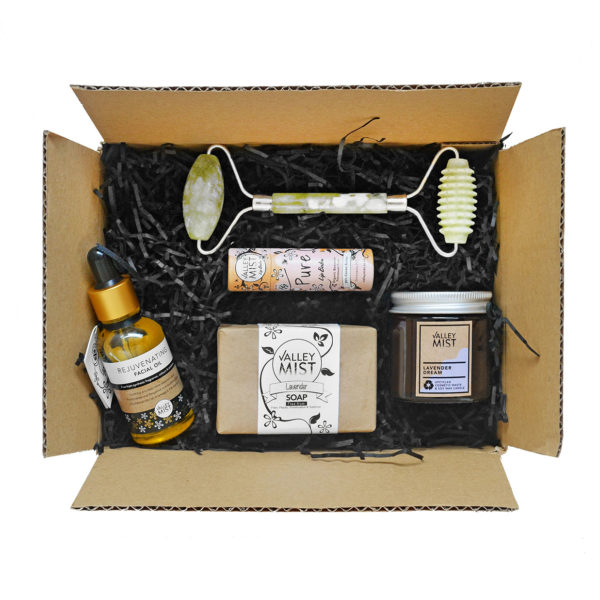 sustainable gifting, box of ethical products